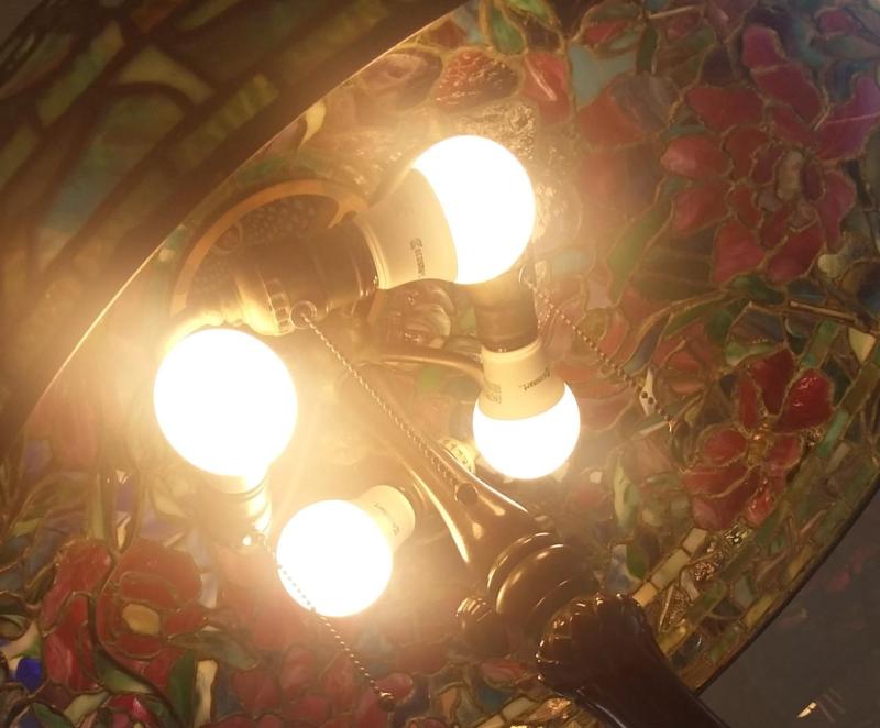 Tiffany and LEDs 2